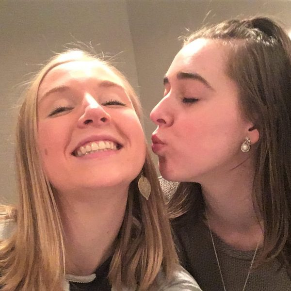 How to Survive Long-Distance Friendships