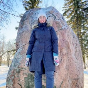 see heather smile, rock, big rock, red rock, winter, forest, outdoors, nature, outside, winter coat, winter mittens